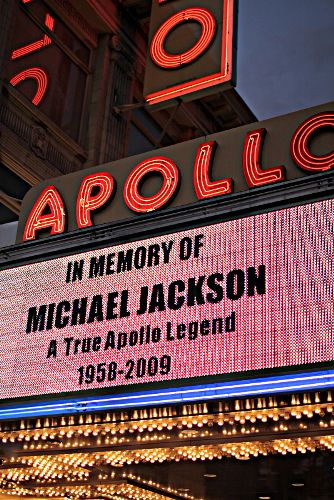 Apollo Theater - memorial for Michael Jackson