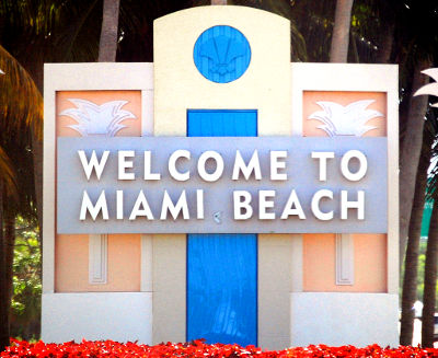 Photo of a welcome sign in Miami Beach, Florida