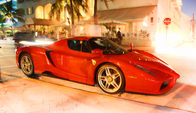 Photo of a Ferrari Enzo in Miami Beach, Florida