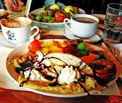 Photo of brunch at a restaurant in The Plateau, Montreal