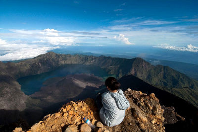 Photo of Mount Rinjani in Indonesia
